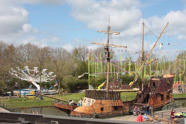 duinen-zathe-pretpark-piratenschip
